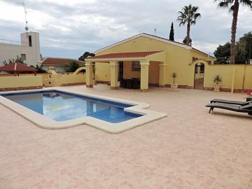 Detached Villa in Pinar de Campoverde