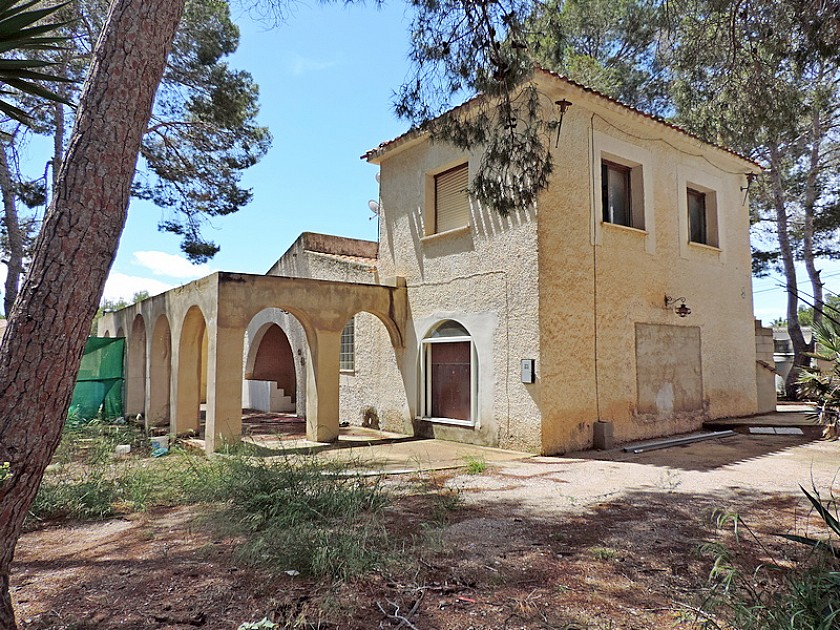 Detached Villa in Oakwood Properties