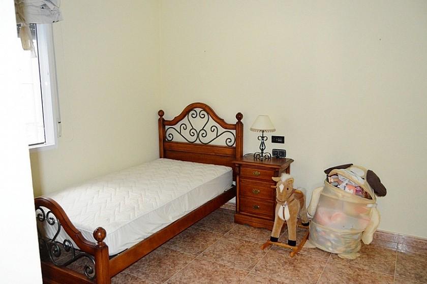 Detached Villa Avileses in Oakwood Properties