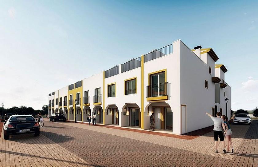 Terraced house in Oakwood Properties