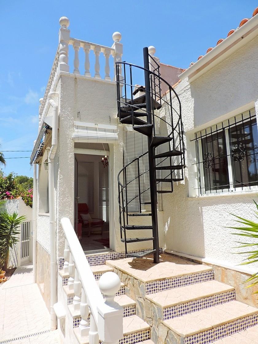 Detached villa in Pinar de Campoverde in Oakwood Properties