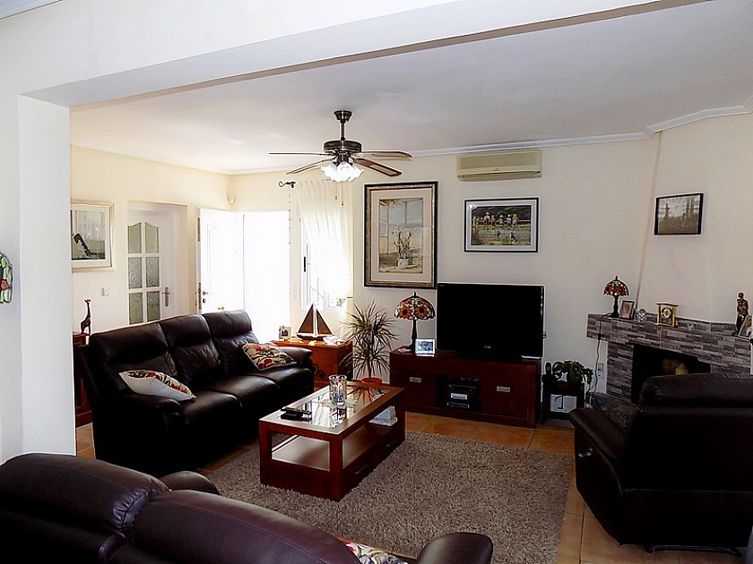 Detached Villa in Pinar de Campoverde - Resale in Oakwood Properties